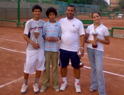Omar after winning Ismailia 2007 title with Reem Helmy, Omar Shereen & Coach Ibrahim Youssef
